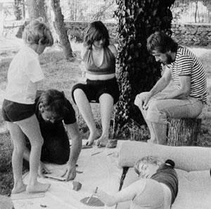Η Ντενίζ Λεγκρί το 1974