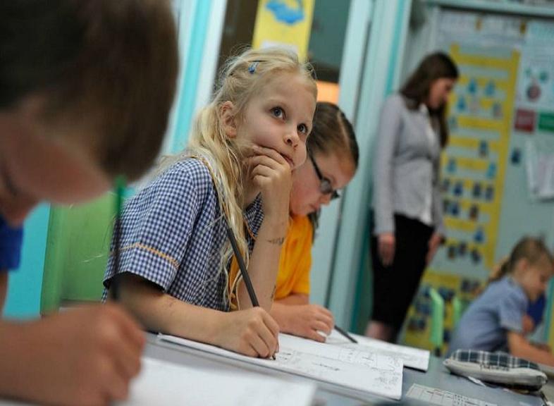 Η αναγκαιότητα επιμόρφωσης των εκπαιδευτικών και ενημέρωσης των γονέων, για ανίχνευση - τροφοδότηση των παιδιών υψηλών δυνατοτήτων.