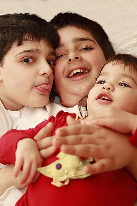 Εικόνα των παιδιών από το βιολόγιο με τίτλο Ένα παιδί σαν ολα τα άλλα